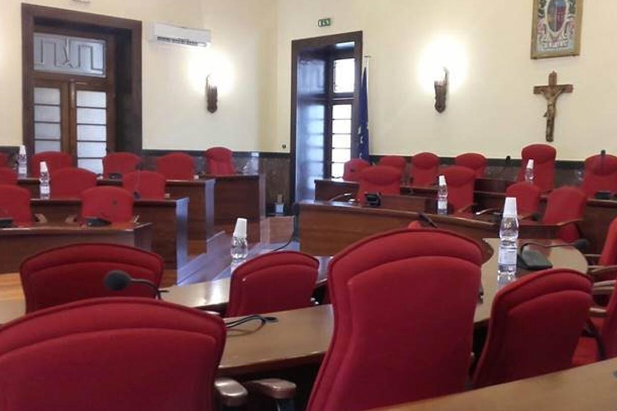 Comune Vibo, Mangialavori prende le distanze: «No al Consiglio del 4 febbraio»